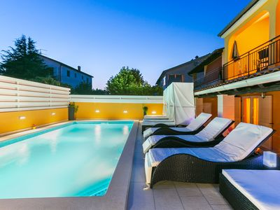Photo for Holiday house with 7 rooms and pool for max 11 persons