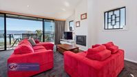 FABULOUS SPACIOUS PROPERTY WITH AWESOME VIEW