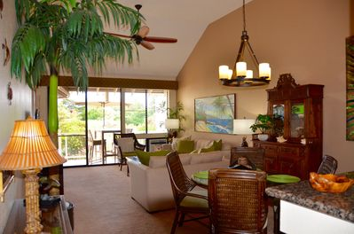WELCOME! to your spacious, renovated and open Hawaiian home away from home.
