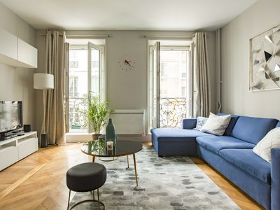 Photo for Stylish 2BR apartment in the 1st, footsteps from main Paris Museums, by Veeve