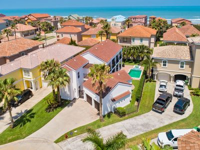 Luxury Villa with Private Pool in Upscale, Ocean Front Community! Just a few Steps to the Beach!