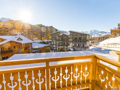 Photo for 1COReur VAL THORENS, Ski in / out, Plein Sud, Renovated 2017 - personalized welcome