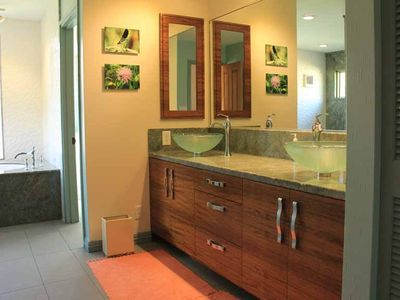 Bathroom Vanities Honolulu luxurious sandy beachfront estate w/ pool a - vrbo