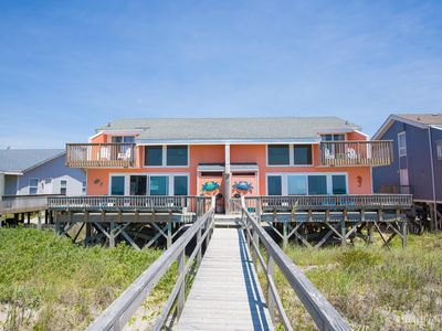 Oceanfront Newly Renovated House | Dog Friendly | Steps from Beach