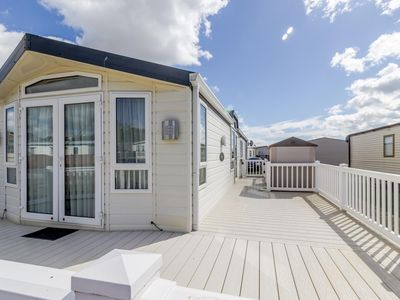 Photo for Luxury dog friendly lodge by the beach - so much to do in Suffolk ref 40126ND