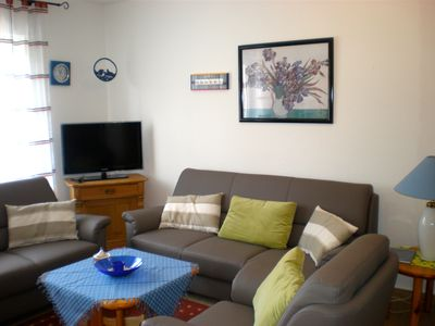 Photo for Cozy cottage in nearby dike, with terrace u. Garden, dogs welcome