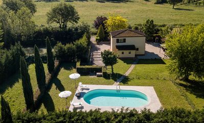 Photo for Private Villa with A/C, private pool, WIFI, TV, patio, panoramic view, close to Montepulciano