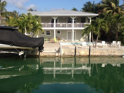 Photo for Pool, Fishing, Hunting, Huge Porch, on Deep Water Canal