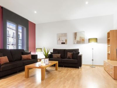 Photo for Two bedroom and two bathroom apartment. Best option to stay in Barcelona!