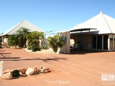Photo for Osprey Holiday Village Unit 123 - Light and airy fully self contained apartment