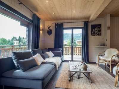 Photo for Chalet in Grand Bornand for 15-16 people - Near the slopes - wifi