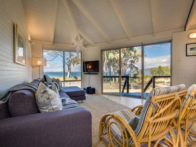Photo for The Oyster Catcher - beachside getaway