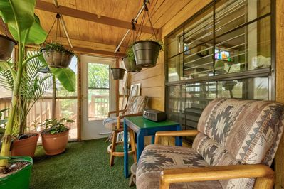 Too hot?  Too sunny?  This sunshaded Grdn Room w/tropicals is always just right!