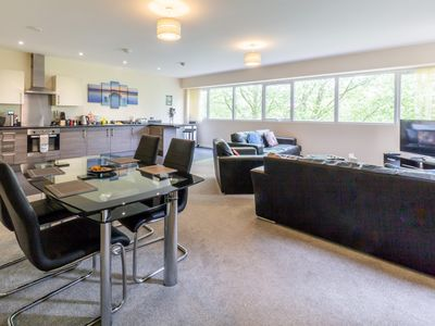 Photo for Toothbrush Apartments - 2 Bed 2 Bath Apartment near to Ipswich Waterfront