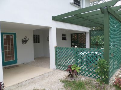 Photo for COMFORTABLE 1 BEDROOM BEACH APT for 4 & DIRECTLY on Hoopers Bay Beach  SP