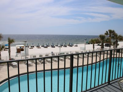 Photo for Fun in the Sun! Beachfront, low floor, spacious vacation condo for your family