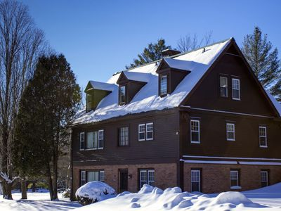 Photo for Perfect Reunion House: ski Bromley/Stratton. Sleep 18, 8 bedrooms, 5 bath. Dogs!