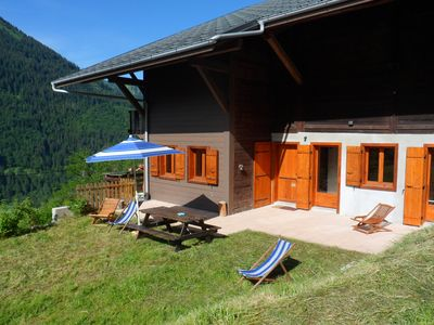 Photo for Apartment 90 m2 in a chalet, 6 persons,due south, any comfort, terrace