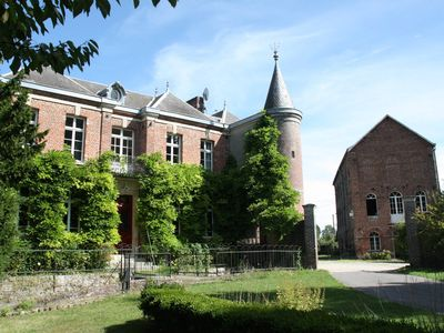 Photo for Domaine de Senercy: Manor house (for 10 people)