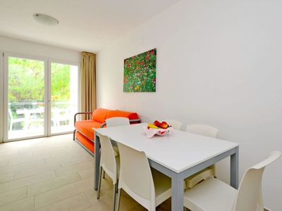 Photo for Apartment Apartamenti Fiore (LIG381) in Lignano Sabbiadoro - 7 persons, 2 bedrooms
