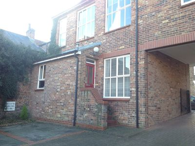 Photo for Luxury 3 bedroom townhouse in York City Centre with parking