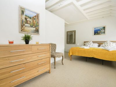 Photo for Kemp Town Mews: 2 bedroom, mews house, sleeps 6, quiet location, close to sea, parking for 2 cars