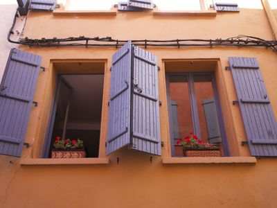 Photo for Luxurious apartment-studiotout comfort in the historic center of Perpignan