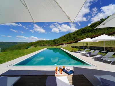 Photo for VILLA PODERE GAIA 10 PAX with large pool, BBQ, WI-FI, GARDEN, near to 5 terre,