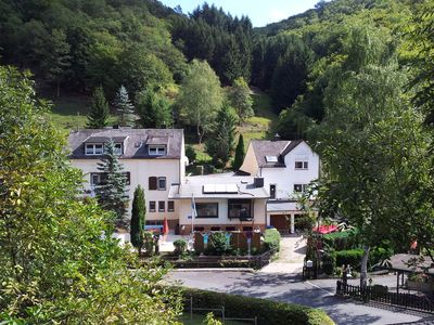 Photo for 3-Stars -Self-sufficient holiday and seminar house near the Loreley