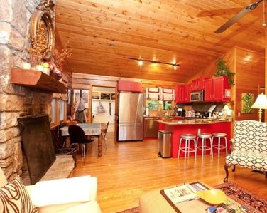 "Photo for ""Absolutely charming"" in-town 2bed/2bath Highlands cabin; 1 mile from Main St."