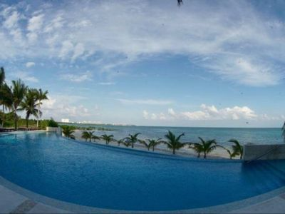 Photo for 3 BR condo with ocean view Peninsula Tower Cancun