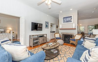 Photo for Gorgeous Vacation Home Close to Amenities