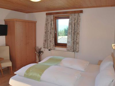 Photo for Double room 1, shower, toilet, from 3 nights FR - Berggasthof Bärnstatt