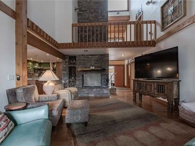 Photo for High Loop, 5 Bedrooms, Wood Fireplace, Hot Tub, Grill, Pool Table, Sleep 12
