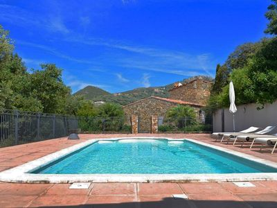 Photo for Villa of character, private pool, sea view, quiet, between Calvi and Ile Rousse