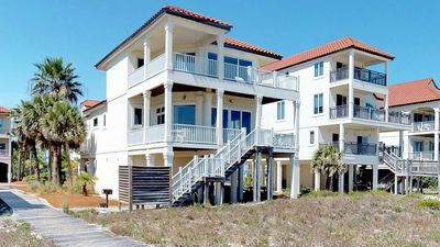 """Photo for FREE BEACH GEAR! Beachfront, Pets OK, Hot Tub, Fireplace, 5BR/4BA """"Sea Forever"""""""