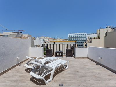 Photo for Cosy 1BR Penthouse with Terrace, Great Location