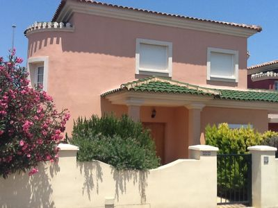 Photo for Three bed villa with private pool 10 minutes from new murcia airport 2019