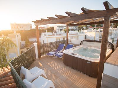 Photo for Luxury 3 bedroom Alvor villa with roof terrace jacuzzi hot tub by AlvorBeach