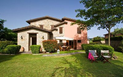 Photo for Holiday house Urbino for 6 - 8 persons with 3 bedrooms - Holiday house
