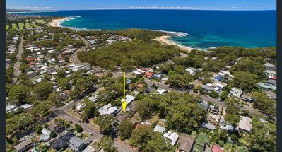 Photo for 4 Bedroom House. Walk to tranquil Bateau Bay Beach
