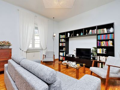 Photo for Rome, Vatican area, large and bright apartment for 6