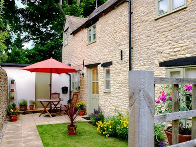 Photo for 2 bedroom Cottage in Stow-on-the-Wold - CC079