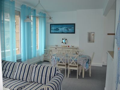 Photo for ST-MALO Intra-Muros, classified 3 *, 2 bedrooms, elevator, WIFI, 100 m from the sea