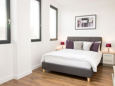 Photo for City Centre Cathedral Apartment - 2 bed (107)