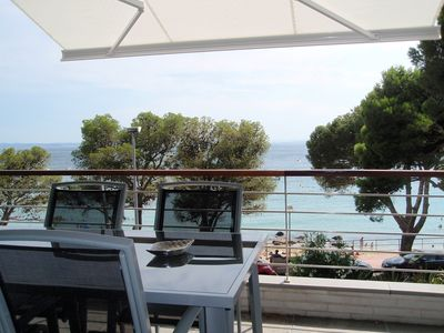 Photo for Luxury first sea line apartment with pool, wifi and parking