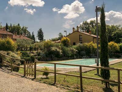 Photo for House with swimming pool in the Tuscan countryside, near San Gimignano and Via Francigena