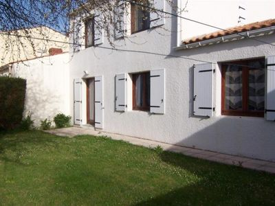 Photo for Villa Les Sables-d'Olonne, 5 bedrooms, 12 persons
