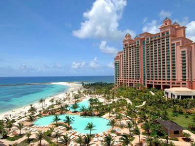 Photo for Enjoy full Atlantis privileges in a fully furnished 1 BD apartment