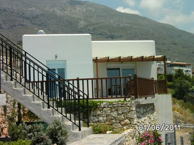 Photo for Very quietly situated bungalow with private pool and stunning views